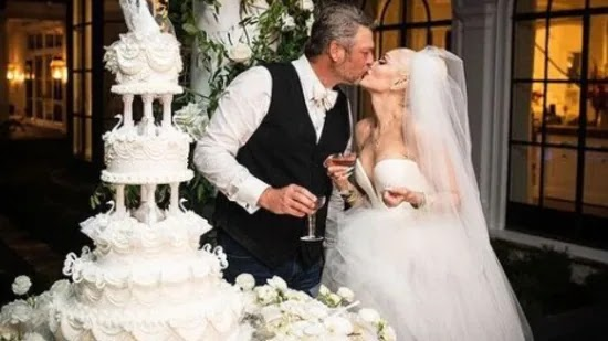 Gwen Stefani and Blake Shelton get married in intimate wedding ceremony