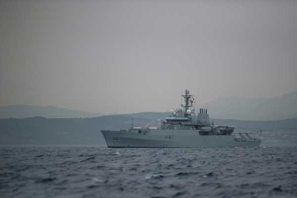 شرطة جبل طارق تُعلن الإفراج عن أفراد طاقم ناقلة النفط الإيرانية
