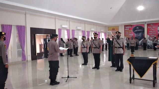 Kasat Reskrim Polres Tanggamus dan Kapolsek Pulau Panggung Diserahterimakan