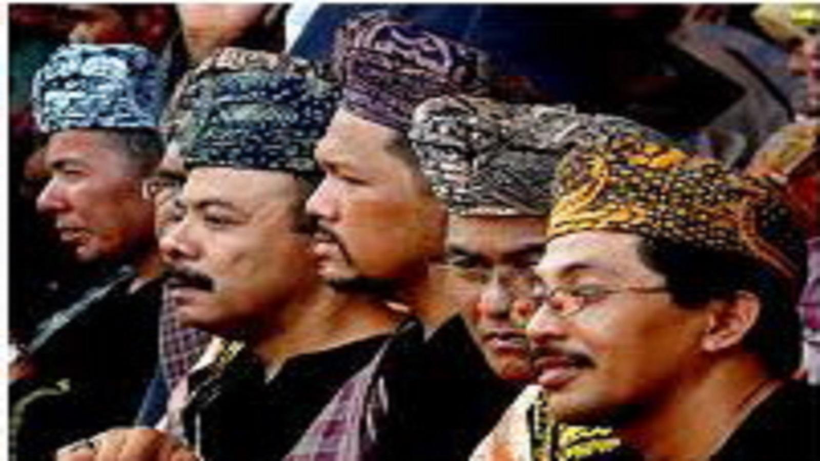 Penghulu (Datuk) Sebagai Pemimpin Kaum di Masyarakat Minangkabau