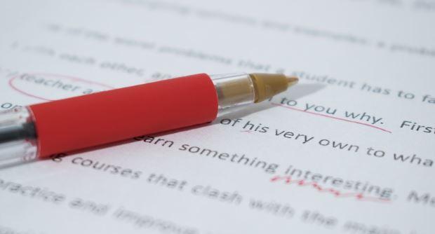 Grammar check app red pen marks