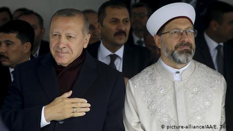 Τουρκία: Οι ομοφυλόφιλοι φταίνε για τον κορωναϊό