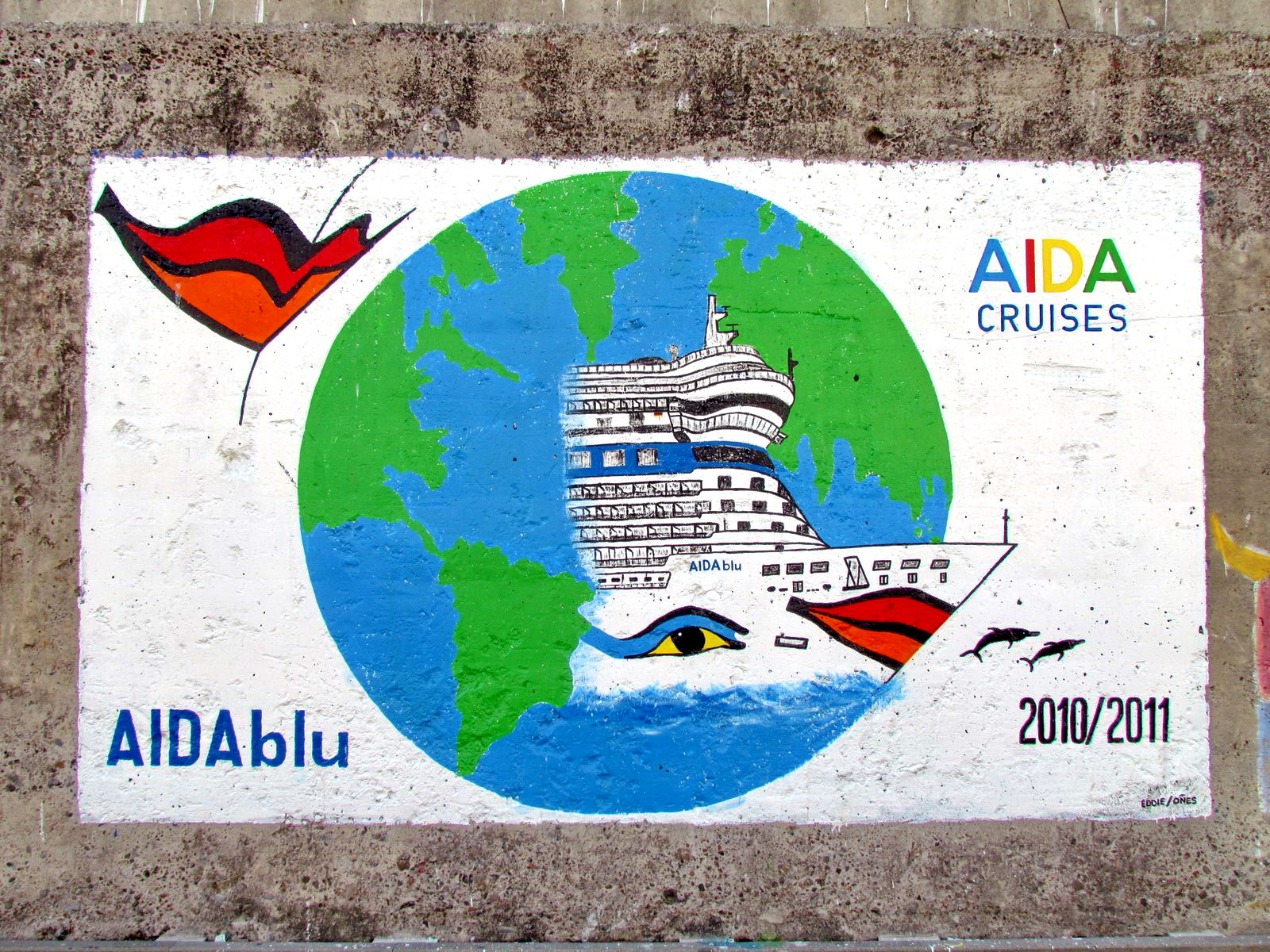 mural painting in Funchal port