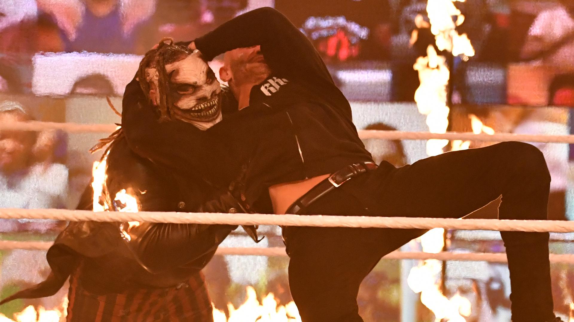 Revelado as primeiras informações sobre o combate entre The Fiend e Randy Orton no WWE TLC