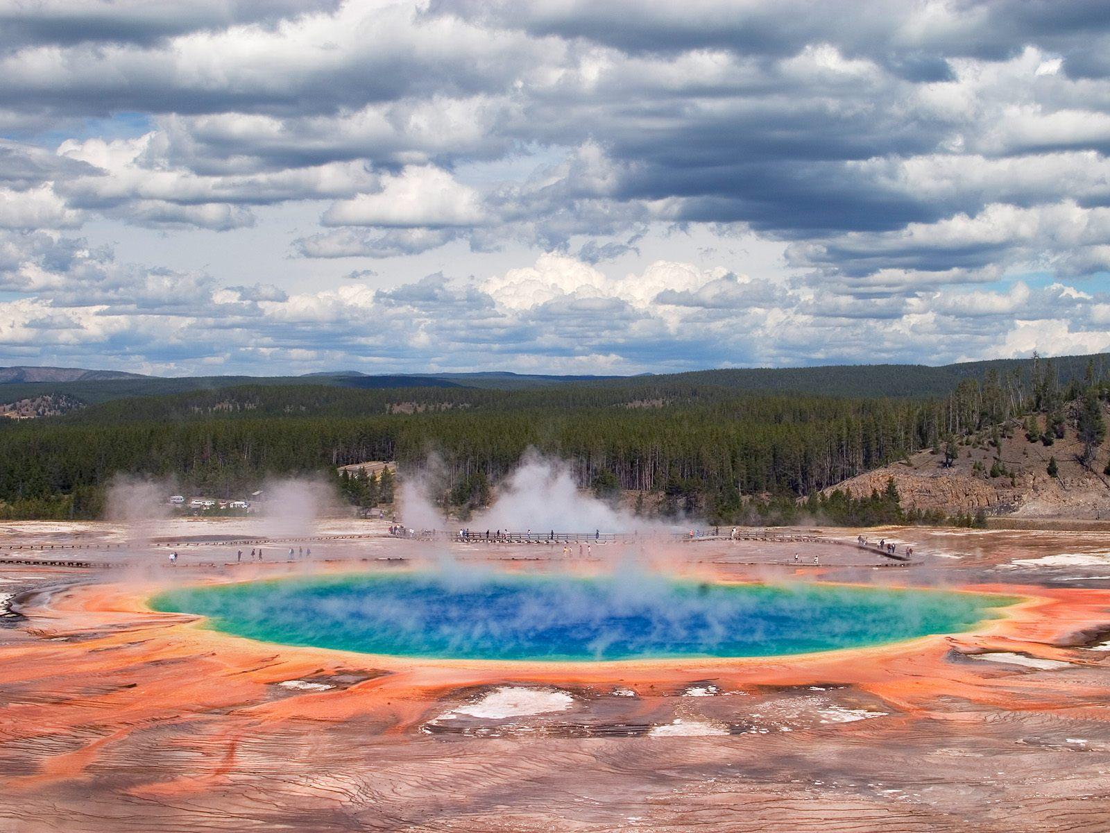 Travel Trip Journey : Yellowstone National Park USA