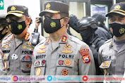 30 Ribu Vaksin Sinovac Tiba di Makassar, Kapolda Sulsel Datangi Terminal Kargo SHIAM