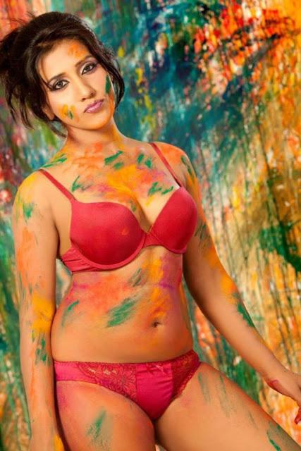 Nisha Yadav hot