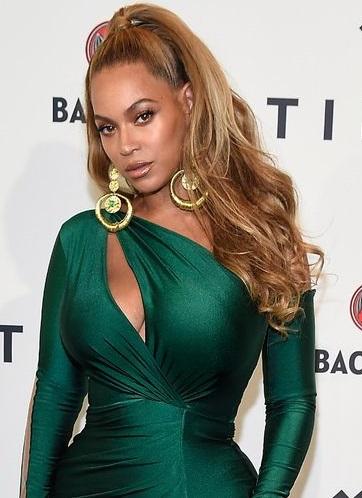 Beyonce pays tribute as Instagram star Lyric 'Yhung' dies at 13