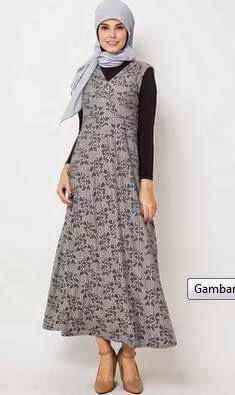 Tren model baju batik muslim untuk wanita karir