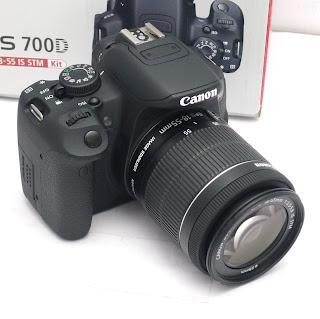 Kamera Canon 700D Lensa 18-55 IS STM