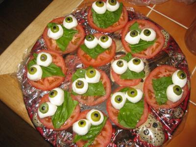 How to Make Caprese Salad Mini Monsters.