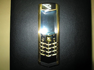 spesifikasi handphone antik Vertu Signature cina