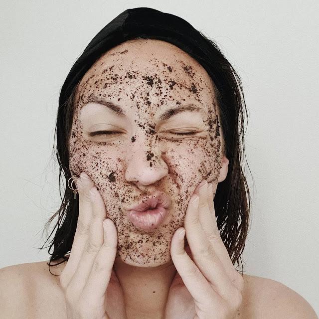 4recettes de gommage spécial peau sèche