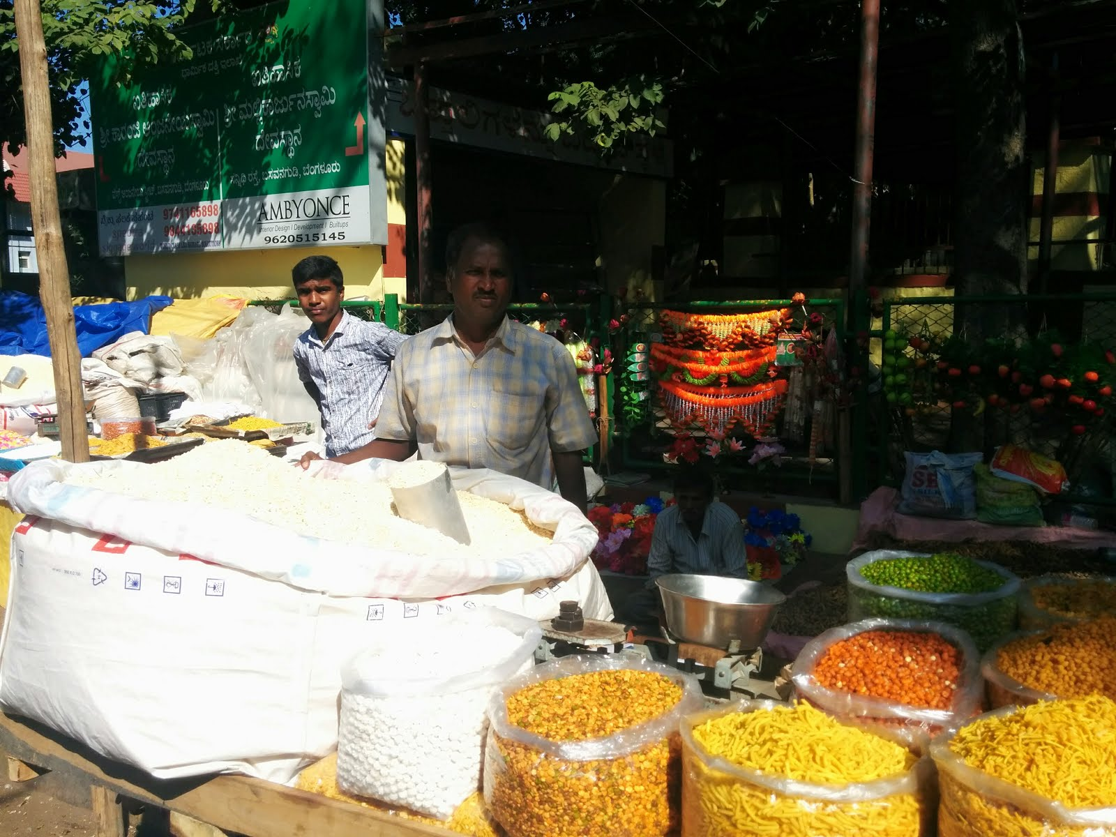 Street Vendor at Kadalekai Parishe
