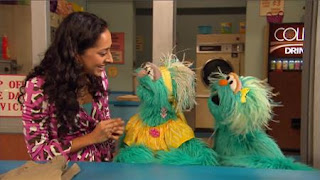 Leela, Rosita, Rosita's Abuela, Sesame Street Episode 4415 Rosita's Abuela season 44