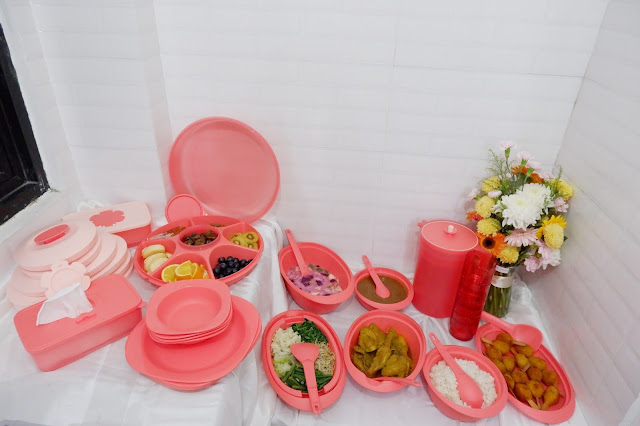 Review Tupperware Bloomia Collection