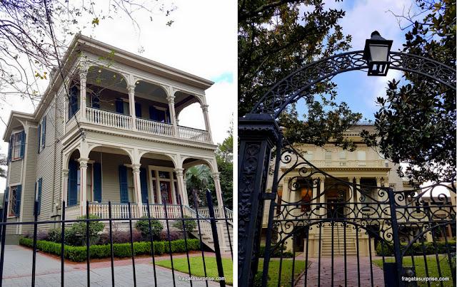 Mansões históricas no Garden District de Nova Orleans