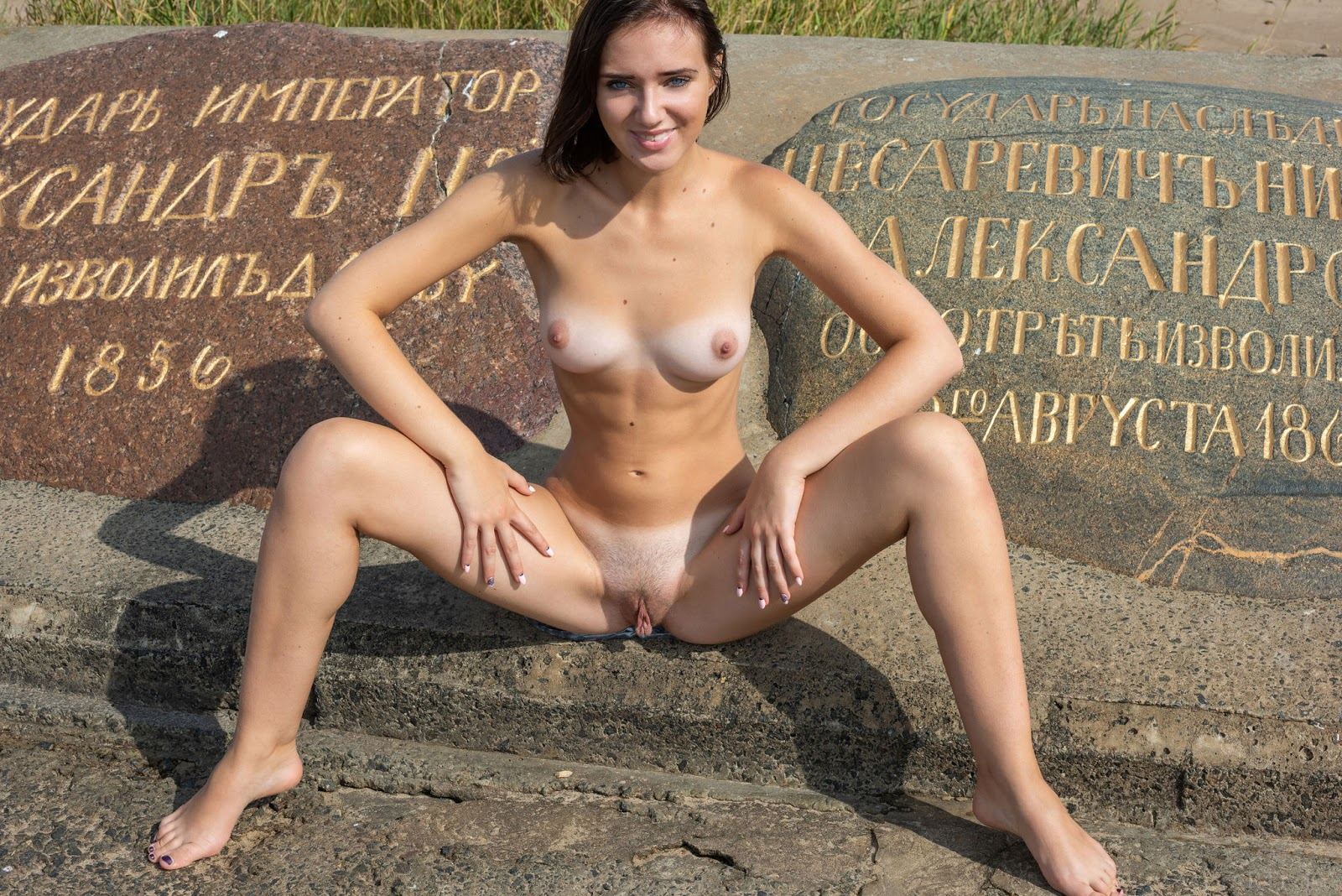 Oxana Chic gonna goggle up all the dicks in town 47