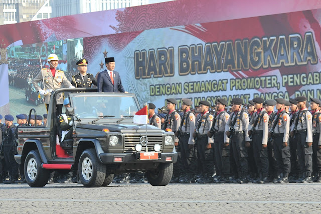 2 Tahun Agenda Bangsa Berjalan Aman, Presiden Jokowi Sampaikan Ucapan Terima Kasih Pada Polri