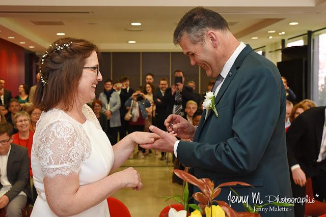 échange des alliances mariés, reportage photos mariage