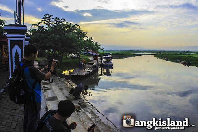 dermaga kampung rawa