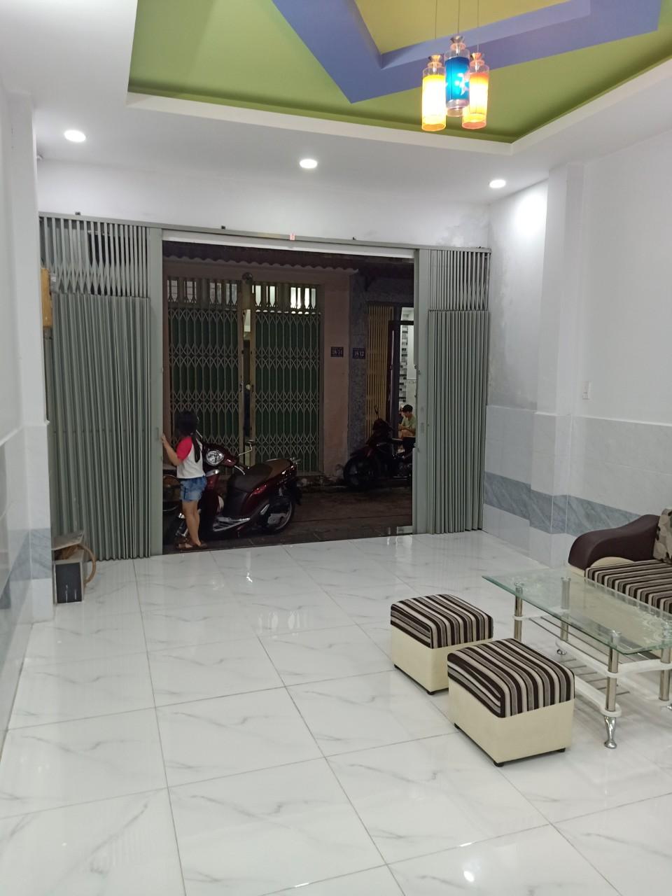 Bán nhà quận Bình Tân 2020 gần chợ Bình Long giáp ranh quận Tân Phú