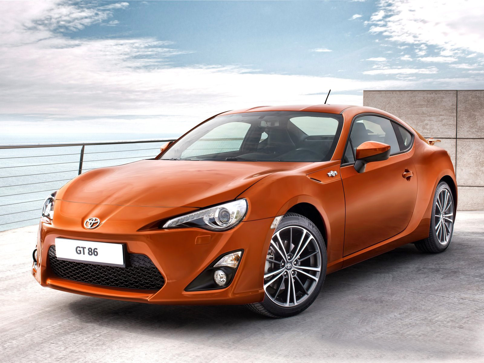 gambar mobil toyota gt86 2013. Black Bedroom Furniture Sets. Home Design Ideas