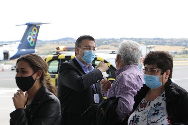 Υποδοχή της πρώτης πτήσης στο αεροδρόμιο «Μακεδονία» - Α. Τζιτζικώστας: «Η φετινή τουριστική περίοδος αρχίζει με απόλυτη ασφάλεια, αλλά απαιτείται ιδιαίτερη προσοχή