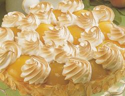 Persikų tortas su kremu