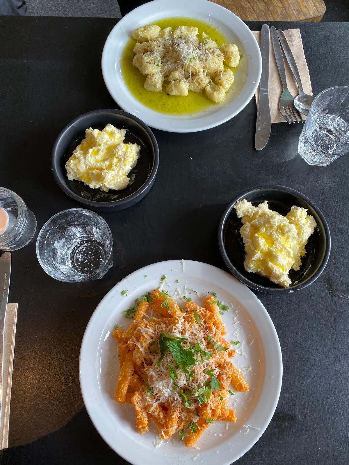 Stitch & Bear - Sprezzatura - Penne pasta, gnocchi and stracciatella