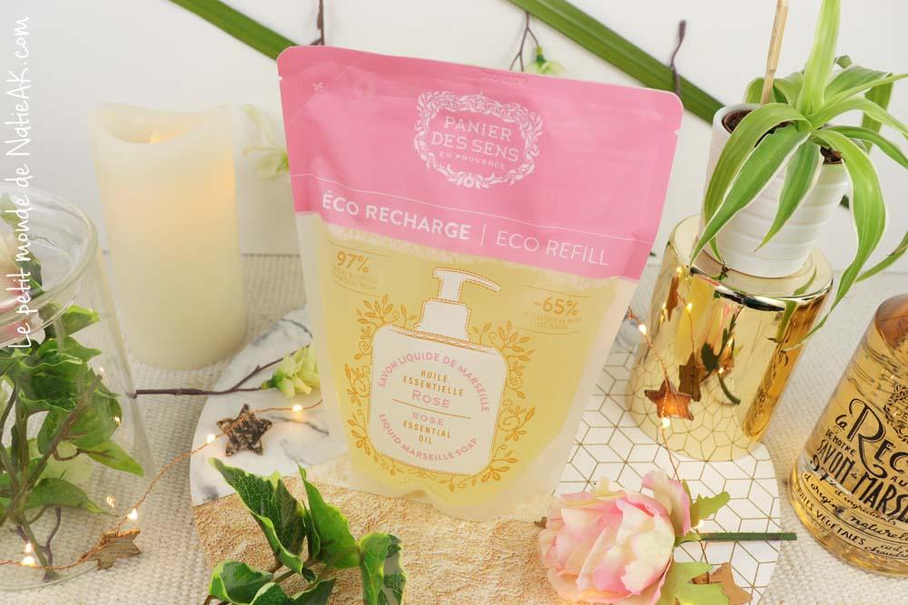 éco recharge  savon surgras aux huilles essentielles de Rose Panier des sens
