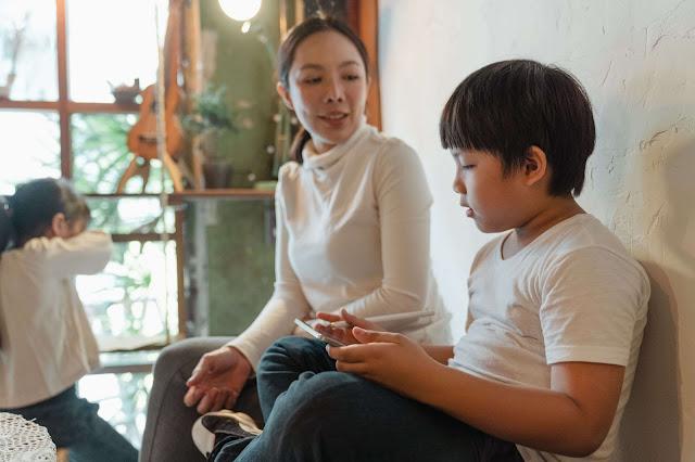 Peran Penting Orangtua saat Anak Bermain Game Online
