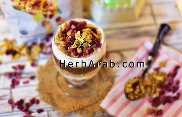 وجبة الجرانولا بارفيه الصحية مع الرمان للسحور