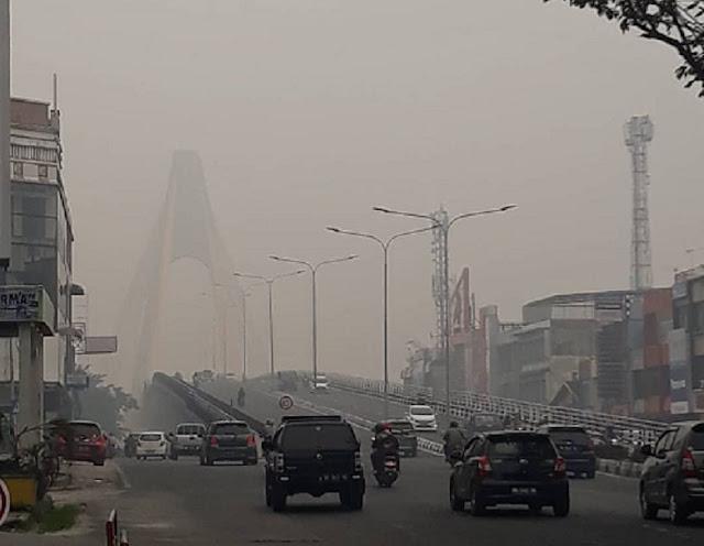 BREAKING NEWS !! Warga Riau Butuh Asupan Oksigen