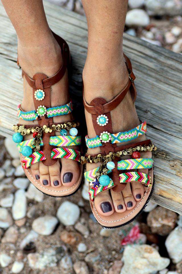 Elina Linardaki grčke sandele, sandale s pomponima
