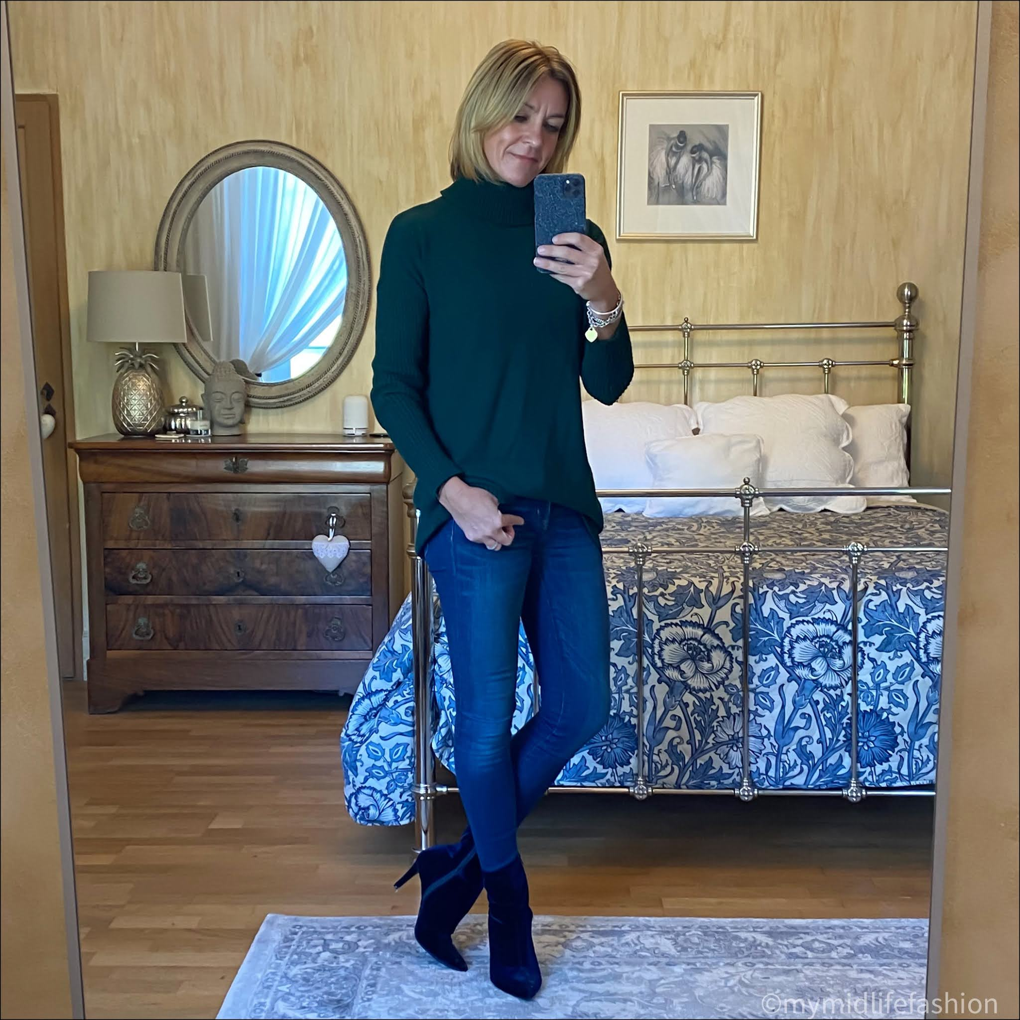 my midlife fashion, Amelia greencash jumper, j crew 8 inch toothpick jeans, marks and Spencer velvet kitten heel ankle boots