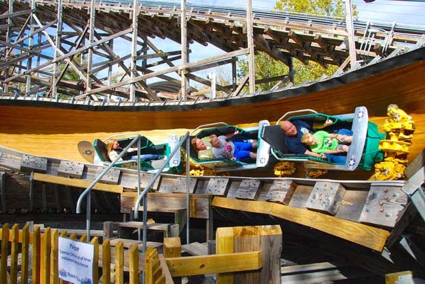 http://www.parkworld-online.com/news/fullstory.php/aid/2591/Knoebels__Flying_Turns.html