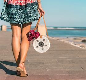Tas Pantai Summer Bag <del>Rp720.000</del> <price>Rp432.000</price> <code>SKU-0011</code>