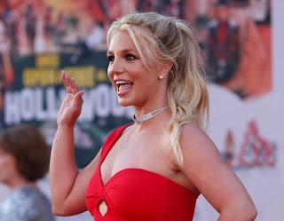 Britney Spears celebra su cumpleaños en Hawai con su novio