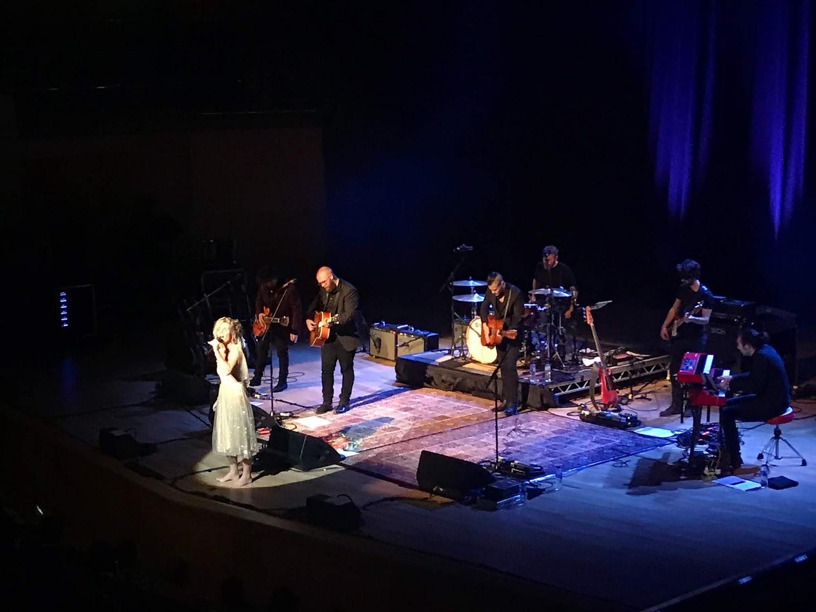 Clare Bowen, Concert, Live