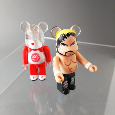 New Japan Pro Wrestling Lion Mark Logo 100% Be@rbrick Vinyl Figure by Medicom Toy