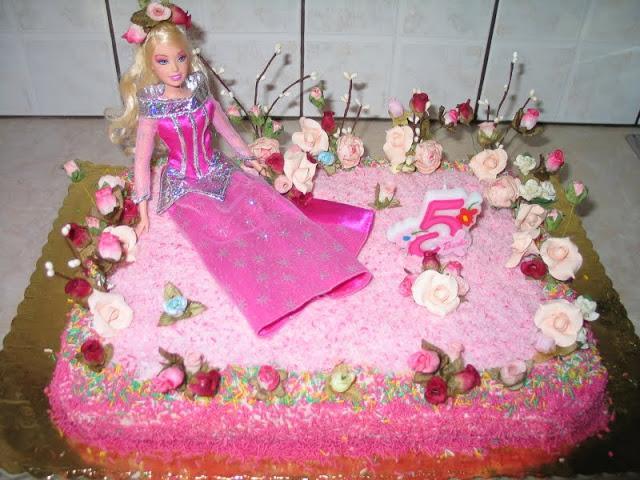 τούρτα γενεθλίων μπάρμπι