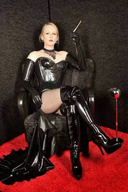 BDSM leather dominatrix mistress