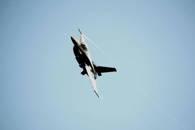 Η Πολεμική Αεροπορία γιορτάζει - Υπερθέαμα πάνω από το λιμάνι της Ζακύνθου-ΒΙΝΤΕΟ