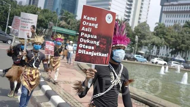 Otonomi Khusus dan Hak Politik Orang Papua.lelemuku.com.jpg