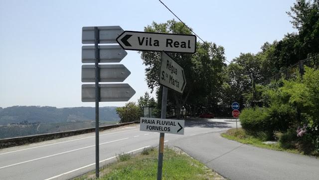 Direções para  Vila real e Santa marta de Penaguião na N2