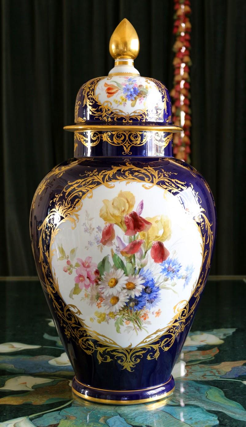 瓷海無涯: Meissen Large Watteau Vase