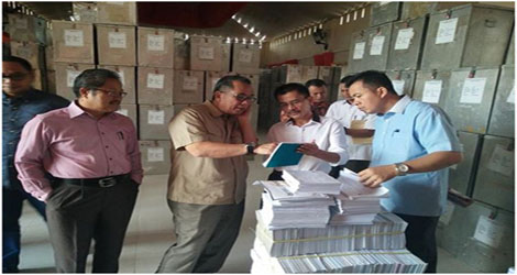 Muhammad Sawati.:Pendistribusian Logistik Kelengkapan TPS Dari KPU Kota Padang Ke PPK  Akan 26 Juni.