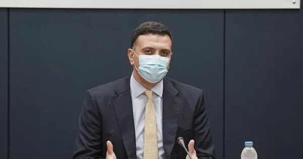 Κικίλιας στη «γραμμή» Σ.Τσιόδρα: «Η μάχη θα τελειώσει όταν θα σας εμβολιάσουμε όλους»