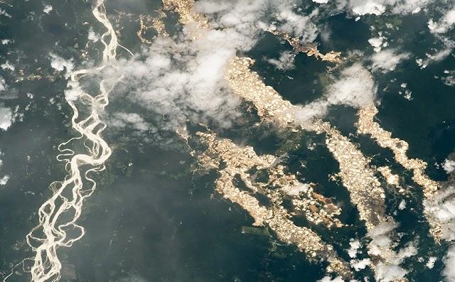 Η σπάνια φωτογραφία της NASA με τα «ποτάμια χρυσού» του Αμαζονίου